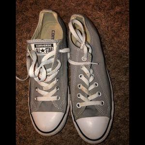 Converse tennis shoes gray women's 9 men's 7